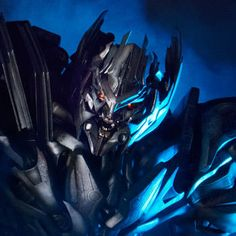 Transformers Megatron Statue by Prime 1 Studio Transformers Megatron, Transformers Characters, Star Wars Collection, Movie Collection, Collectible Toys, Action Toys, Sideshow Collectibles, Optimus Prime, Pop Culture