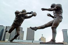 NEW ORLEANS -- The blocked punt that etched Steve Gleason into Saints lore and became symbolic of New Orleans' resilience in the face of disaster is now immortalized in a nine-foot statue outside the Superdome.