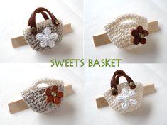 SWEETS BASKET (S * Basket) - crochet mini bag A1211