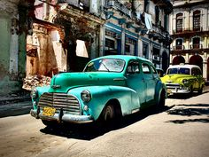 The Best of Cuba – Beaches, Cars & Cigars