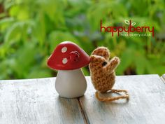Happy Berry Crochet: How To Crochet a Small Mouse...free pattern!