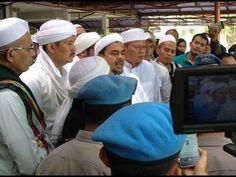 CAK NUN SINDIR UMAT ISLAM YANG MENDEMO AHOK !!