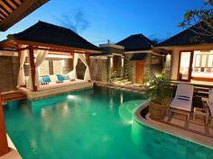 Balinese hut on edge of pool