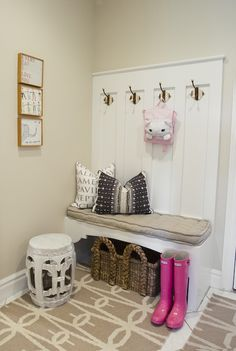 Alice Lane Home - mudroom