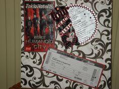 tourtracklist,poster & concertkaartje - Scrapbook.com