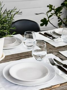 60-140x195 cm *New* SKOGSKLÖVER Roller blind Grey Color Polyester--Brand IKEA