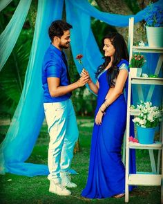 Cute Love Couple Images, Cute Love Pictures, Girl Pictures, Girl Photos, Beautiful Girl Body, Beautiful Girl Indian, Beautiful Girl Image, Couple Photoshoot Poses, Couple Photography Poses