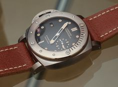 Panerai Luminor Submersible Left-Handed Titanio PAM569 Watch Hands-On