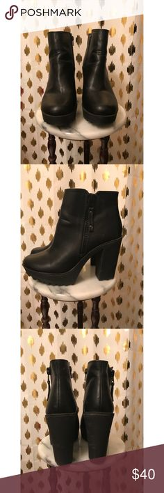 🌹VALENTINES🌹 Candies Booties Hey Beauties! 😍 These platform styled Beauties are a must have. In light new condition. There are small unnoticeable scratches. Great for a night out! You can see these in our closet paired with Red and Black jacket, black jeans, and grey crop top. -BxB🌹 Candie's Shoes Ankle Boots & Booties