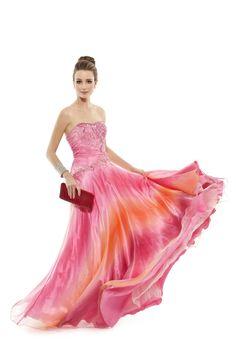 Vestido longo tomara que caia com bordados e aplicações em sutache. Cod. 101284   #zumzum #zumzumfesta #vestido #festa #vestidodefesta #dress #partydress