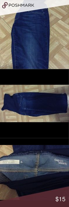 Gap Maternity Jeans Size 6 Gap Maternity Jeans Size 6 Dark Blue Wash  Full Panel  Skinny  Excellent condition  Worn once during my pregnancy but it was too big on me. I only reached up to a 4. GAP Jeans Skinny