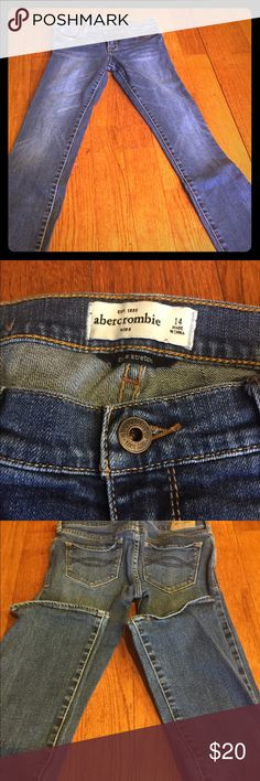 Abercrombie kids jeans NWOT, cute stretch style size 14, sadly didn't fit my daughter abercrombie kids Bottoms Jeans