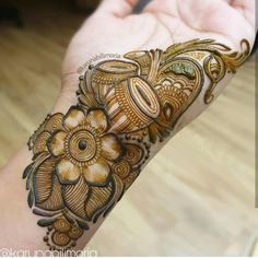 Are you looking for the latest and new Mehandi design then you are at the right place we have lots of collection of new Mehandi design and we are guaranteed you definitely like our collection of Mehandi design. Peacock Mehndi Designs, Henna Art Designs, Mehndi Designs For Girls, Mehndi Designs 2018, Modern Mehndi Designs, Dulhan Mehndi Designs, Mehndi Designs For Fingers, Wedding Mehndi Designs, Mehandi Designs
