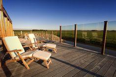 2 Liegestühle mit Sonnenschirm - Ferienhaus Waddenlodge in Den Hoorn (Texel)