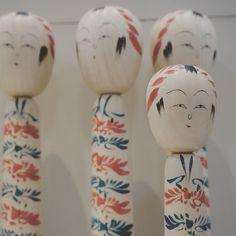 グルーシェニカさんはInstagramを利用しています:「* 今日ってば「昭和の日」なんだぜ…  #Huntgram #HuntgramJapan #kokeshi #こけし #kokeshidoll #folktoy #japan #japanesedesign」