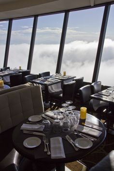 360 Restaurant At The Cn Tower  Le Restaurant 360 De La Tour Cn Enchanting Skylon Revolving Dining Room 2018