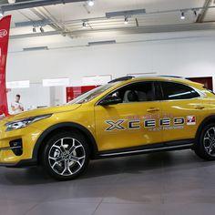 KIA Xceed SUV von P&A Düsseldorf und Heiligenhaus. Vehicles, Autos, Vehicle, Tools