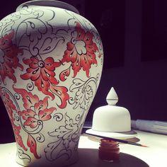 Vase by Sıralt China Painting, Ceramic Painting, Ceramic Art, Pottery Sculpture, Sculpture Clay, Blue Pottery, Ceramic Pottery, Pottery Painting Designs, Plaster Art