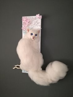 A white needle felted cat on canvas. Dimension of the canvas 60 x 20 cm Felt Dogs, Art World, Needle Felting, Fairytale, Snowman, Art Ideas, Fantasy, Dolls, Cats