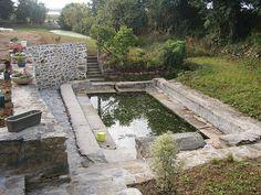 Lavoir de Plouneour Trez, Nord-Finistère. Keep Swimming, Swimming Pools, Photo Bretagne, Plunge Pool, Splish Splash, Pool Houses, Brittany, Places To Visit, Home And Garden