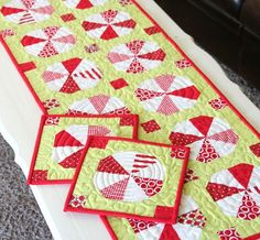 Such a cute peppermint pattern for quilt, table runner, and hot pads!