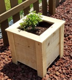 Diy Wooden Planters, Outdoor Planter Boxes, Cedar Planter Box, Rustic Planters, Diy Planter Box, Pallet Planters, Wood Flower Box, Flower Boxes, Pallets Garden
