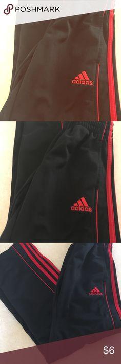 Adidas Boys warmup pants Gently used boys warmup pants  Size 8 adidas Bottoms Sweatpants & Joggers