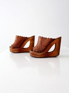 vintage 70s Shoes & Stuff by Frank Sbicca woven by 86Vintage86