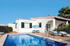 Bininuria Binibeca Situated in Binibeca in the Menorca Region, this detached villa is 40 km from Ciutadella. The property features views of the pool and is 3.7 km from Sant Lluis. Free private parking is available on site.