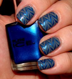 This Pure Ice royal blue looks GREAT as a konad polish!!
