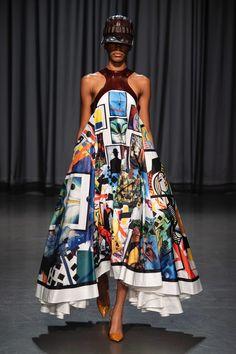 Mary Katrantzou Spring 2019 Ready-to-Wear Fashion Show Collection: See the complete Mary Katrantzou Spring 2019 Ready-to-Wear collection. Look 14 Look Fashion, High Fashion, Fashion Outfits, Fashion Design, Fashion Weeks, Fashion Spring, Mary Katrantzou, Couture Fashion, Runway Fashion