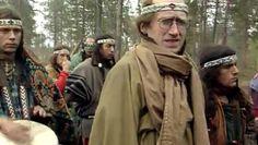 Suomessa nousi 90-luvun alussa valtaisa kohu, kun maahan saapui Ruotsin kautta joukko elämäntapaintiaaneja. Yhteisön jäsenet pukeutuivat kuin intiaanit ja perustivat Kittilän metsiin intiaanikylän.