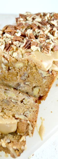 Apple Pecan Bread with Pecan Praline Glaze, loaded with apples and pecans, its wonderfully moist and it's easy peasy to put together. The glaze is amazing. Really. Really. Amazing. No exaggeration.