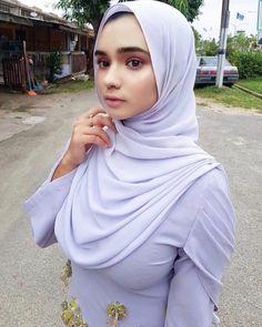 Hijab Teen, Arab Girls Hijab, Muslim Girls, Beautiful Hijab Girl, Beautiful Muslim Women, Most Beautiful, Hijabi Girl, Girl Hijab, Moslem