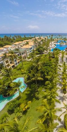 Make the whole family happy with trampolines, margaritas, and a snorkelling excursion with these family-friendly Punta Cana resorts. Family All Inclusive, Punta Cana All Inclusive, Best All Inclusive Resorts, Vacation Destinations, Dream Vacations, Vacation Ideas, Vacation Spots, Tropical Beaches, Small World