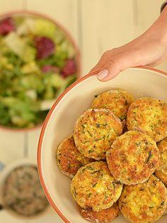 Kotlety z jajek i kaszy jaglanej - pomysł na szybki, niedrogi i zdrowy obiad.