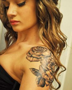 18 Shoulder Tattoos For Women