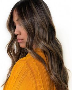 Balayage Blonde Ends - 20 Fabulous Brown Hair with Blonde Highlights Looks to Love - The Trending Hairstyle Brown Hair Balayage, Brown Blonde Hair, Brown Hair With Highlights, Brunette Hair, Balayage Hair For Brunettes, Babylights Brunette, Natural Highlights, Dark Blonde, Red Hair