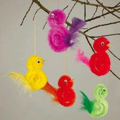 Feather Crafts For Kids – feather crafts Bird Crafts Preschool, Easter Crafts For Kids, Toddler Crafts, Craft Stick Crafts, Diy For Kids, Diy And Crafts, Craft Sticks, Diy Y Manualidades, Pipe Cleaner Crafts