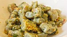 Ricette vegane: gnocchetti verdi di patate e spinaci con pesto di nocciole http://winedharma.com/it/dharmag/aprile-2015/ricette-vegane-gnocchetti-verdi-di-patate-e-spinaci-con-pesto-di-nocciole-ed-erb