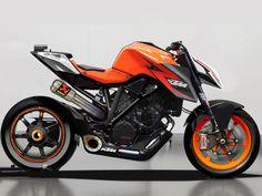 KTM SUPERDUKE 1290 R 1301cc - £11,000