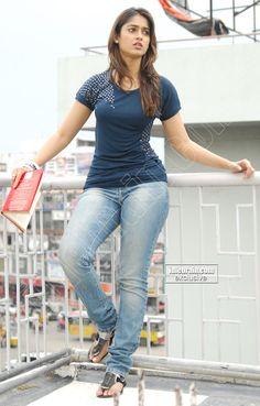 dem' hips dont lie...love this desi girl