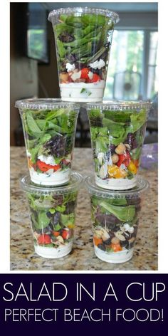 Tried It - Salad in a Cup - My go to on the go meal. Great for the beach or a ball game!I Tried It - Salad in a Cup - My go to on the go meal. Great for the beach or a ball game! Beach Picnic Foods, Beach Lunch, Beach Meals, Beach Camping, Snacks For Beach, Food For Picnic, Beach Day Food, Beach Vacation Recipes, Picnic On The Beach