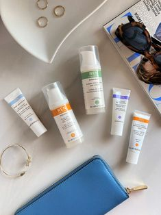 Discover all you need to know about this cult skincare brand that is set to become one of your favorite clean beauty brands. #beauty #belleza #beautyblog #blogdebelleza #skincare #cosméticos #cuidadodelapiel #skincareroutine #cleanmakeup #maquillajesintoxicos #cleanbeauty #cleanbeautyproducts #cosméticosintóxicos #renskincare #rencleanskincare Ren Clean Skincare, Clean Makeup, Clean Beauty, Skin Care, Cleaning, Facial Care, Thick Eyebrows, Beauty Marks, Fragrance