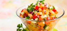 Stay hydrated during hot whether by enjoying this sweet and spicy, refreshing, raw vegan, cucumber melon salsa. Cucumber Salsa, Watermelon Salad, Chutneys, Quinoa, Cantaloupe Recipes, Radish Recipes, Salsa Picante, Salsa Salsa, Fruit Salsa