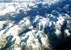 The Rocky Mountains from an airplane - Dawn Kealing http://dawnkealing.com/ - North America from Above - The Trusted Traveller