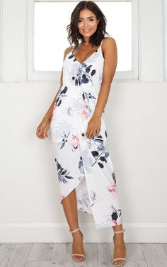 ecb1a9a68b3183 29 Best White floral dress images in 2019