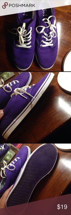 Purple vans Size 10. In great condition! Vans Shoes Sneakers