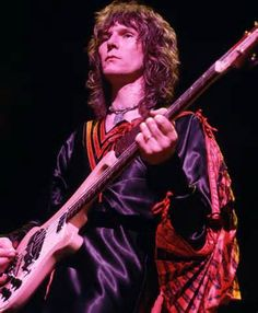 Chris Squire - Founder of Yes - Dead at 67
