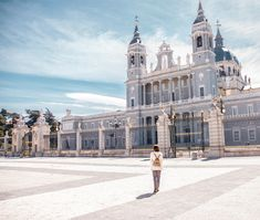 Feeling like royalty at Madrid's Almudena Cathedral #madrid #madridspain #madridista #spain #topspainphoto #almudenacathedral